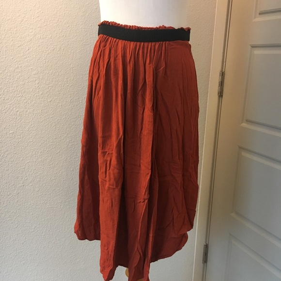 50afa9181 H&M Dresses & Skirts - H&M Burnt Orange Midi Skirt Paper Bag Waist